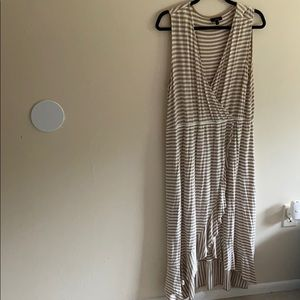 Apt. 9 HiLo dress